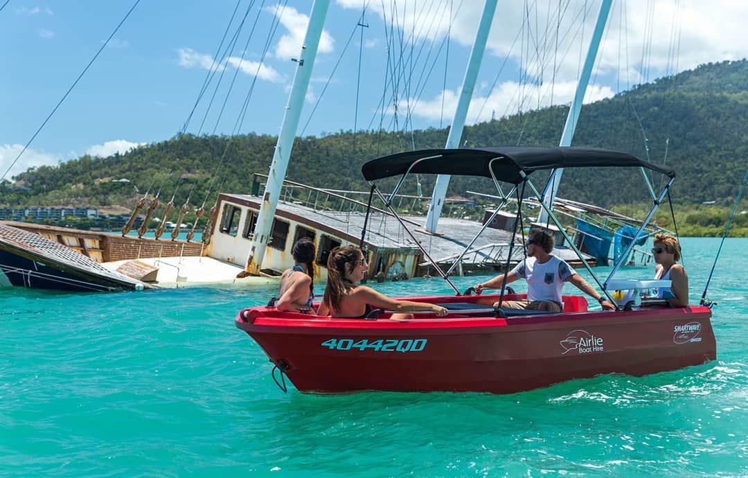 no-boat-licence-boat-hire-whitsundays